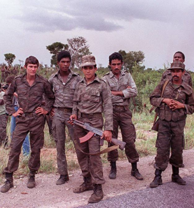 cuban soldiers.jpg