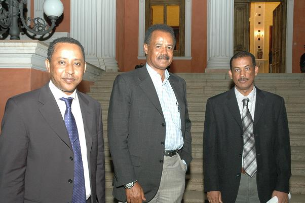 Elias Kifle in Eritrea with Isaias Afwerki.jpg